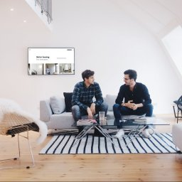 Founders of the Berlin-based app Home, sitting in their office in Berlin