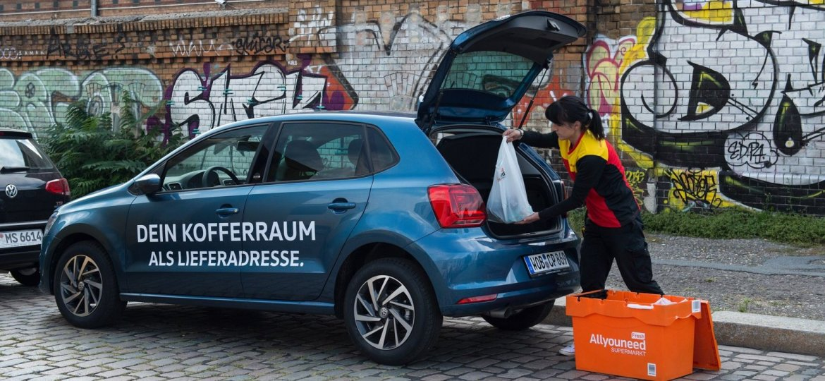 Parcel delivery in the boot: In Berlin, parcels can be delivered to parked cars