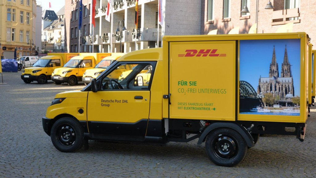 Electric transporter for postal deliveries, built by project partners Deutsche Post DHL and Ford