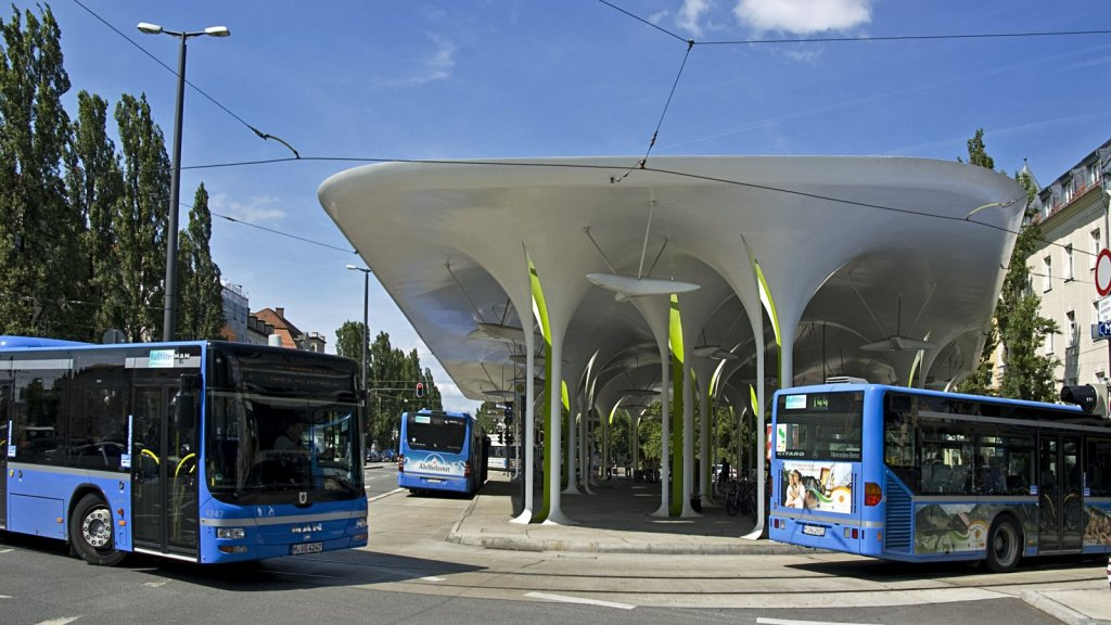 Munich transport authorities use electric buses for the first time